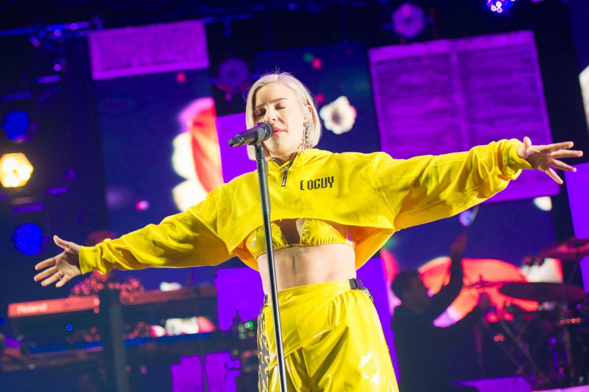 Anne-Marie Performs at O2 Academy in London 2018/11/22 1
