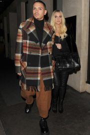 Ashlee Simpson and Evan Ross Night Out in London 2018/11/07 1
