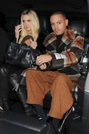 Ashlee Simpson and Evan Ross Night Out in London 2018/11/07 3