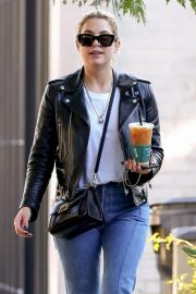 Ashley Benson Out for Coffee in West Hollywood 2018/11/05 7