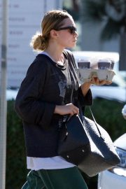 Ashley Olsen Out for Coffee in Los Angeles 2018/11/03 5
