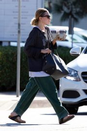 Ashley Olsen Out for Coffee in Los Angeles 2018/11/03 6