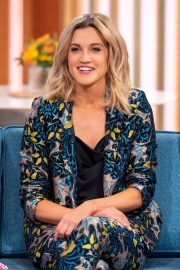 Ashley Roberts at This Morning Show in London 2018/11/21 5