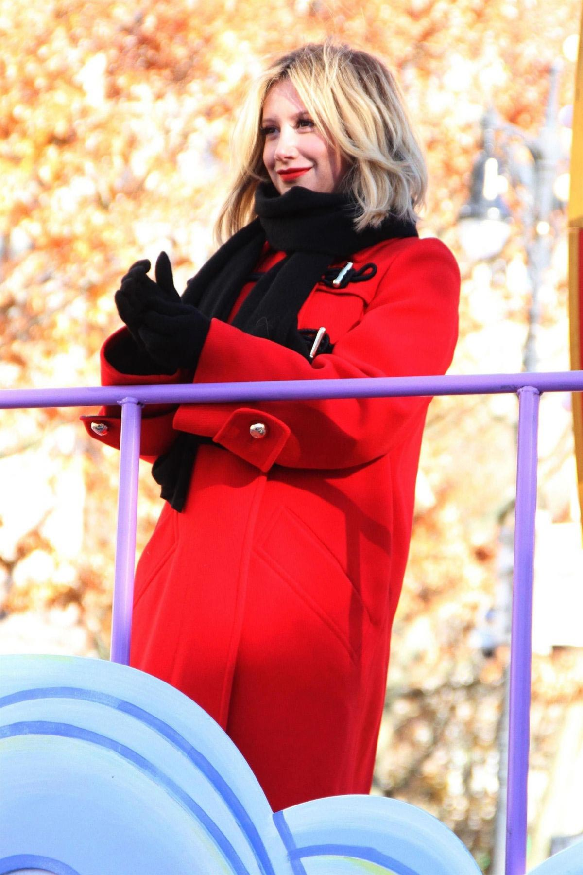 Ashley Tisdale at 2018 Macy's Thanksgiving Day Parade in New York 2018/11/22 1