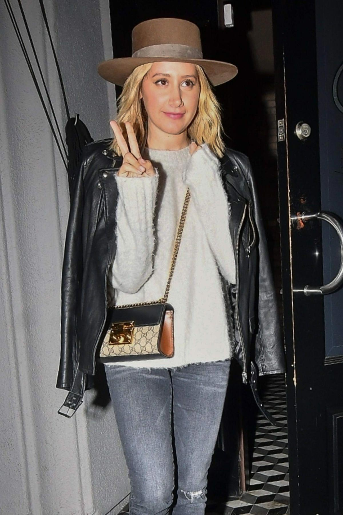Ashley Tisdale at Craig's Restaurant in West Hollywood 2018/11/06 1
