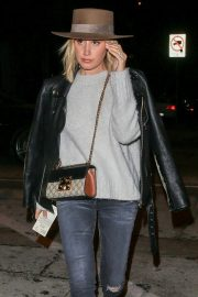 Ashley Tisdale at Craig's Restaurant in West Hollywood 2018/11/06 5