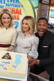 Ashley Tisdale at Good Morning America 2018/11/12 1