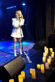 Ashley Tisdale Performs at 2018 Holton's Heroes Benefit Concert in Los Angeles 2018/11/16 3