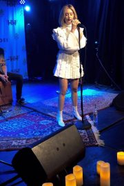 Ashley Tisdale Performs at 2018 Holton's Heroes Benefit Concert in Los Angeles 2018/11/16 5