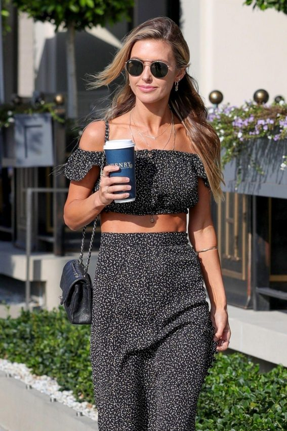 Audrina Patridge Out in Los Angeles 2018/11/07 1