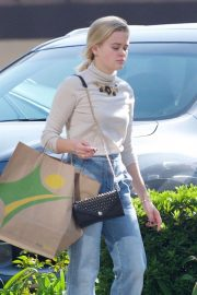 Ava Phillippe Out Shopping in Brentwood 2018/11/20 4