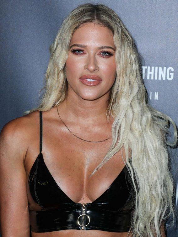 Barbie Blank at PrettyLittleThing Starring Hailey Baldwin Event in Los Angeles 2018/11/05 1