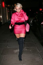 Bebe Rexha Night Out in London 2018/11/23 2