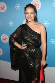Bethany Joy Lenz at Gingerbread House Experience in Los Angeles 2018/11/14 3