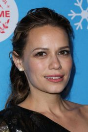 Bethany Joy Lenz at Gingerbread House Experience in Los Angeles 2018/11/14 10