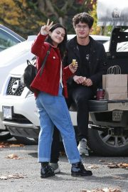 Camila Mendes Out in Vancouver 2018/10/30 2