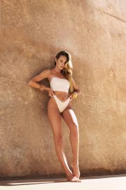 Candice Swanepoel for Tropic of C Resort 2018 Collection Photos 5