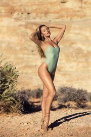 Candice Swanepoel for Tropic of C Resort 2018 Collection Photos 7