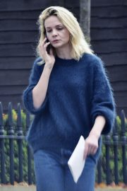 Carey Mulligan Out and About in London 2018/11/15 2