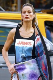 Carolyn Murphy on the Set of Photoshoot for Harper's Bazaar in New York 2018/10/31 8