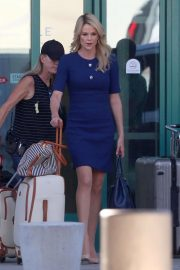 Charlize Theron on the Set of Regyn Kelly and Roger Ailes Project in Los Angeles 2018/10/31 5