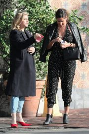 Chloe Moretz Out for Lunch in Los Angeles 2018/11/08 2