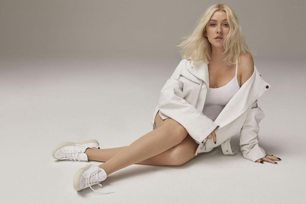 Christina Aguilera in Cosmopolitan Magazine, October 2018 Issue 1