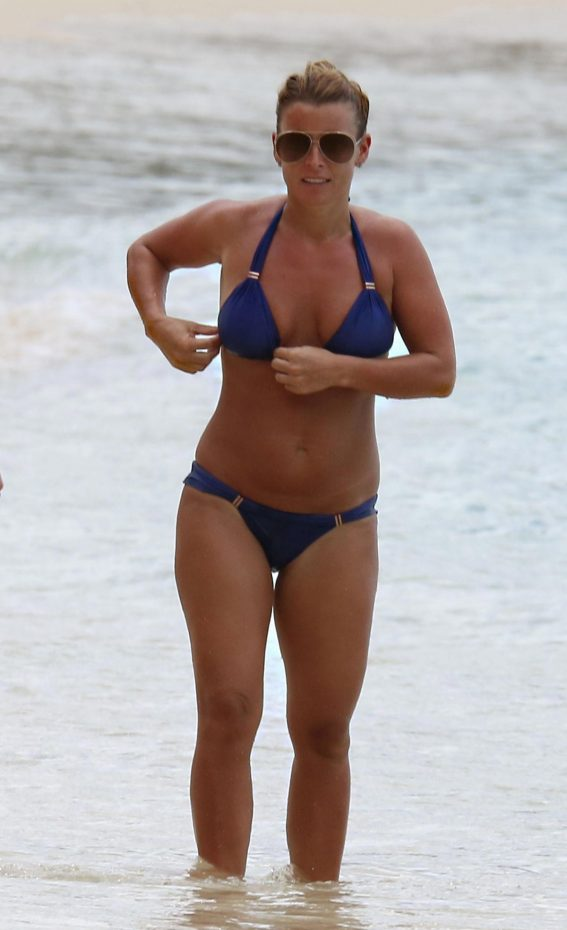 Coleen Rooney in Bikini at a Beach in Barbados 2018/11/01 1