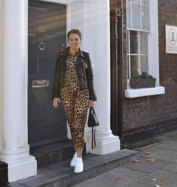 Danielle Lloyd at a Beauty Treatment in London 2018/11/21 1