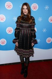 Danneel Harris at Gingerbread House Experience in Los Angeles 2018/11/14 5