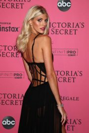 Devon Windsor at VS Fashion Show Afterparty in New York 2018/11/07 3