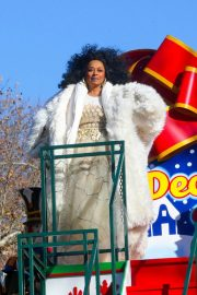 Diana Ross at 2018 Macy's Thanksgiving Day Parade in New York 2018/11/22 2