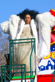 Diana Ross at 2018 Macy's Thanksgiving Day Parade in New York 2018/11/22 3