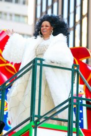 Diana Ross at 2018 Macy's Thanksgiving Day Parade in New York 2018/11/22 11