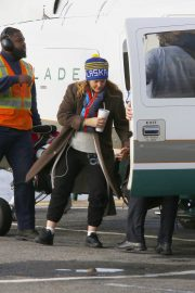 Drew Barrymore at a Heliport in New York 2018/11/26 6