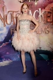 Ellie Bamber at The Nutcracker and the Four Realms Premiere in London 2018/11/01 3