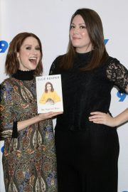 Ellie Kemper at 92Y Promotes Her My Squirrel Days Book in New York 2018/11/26 6