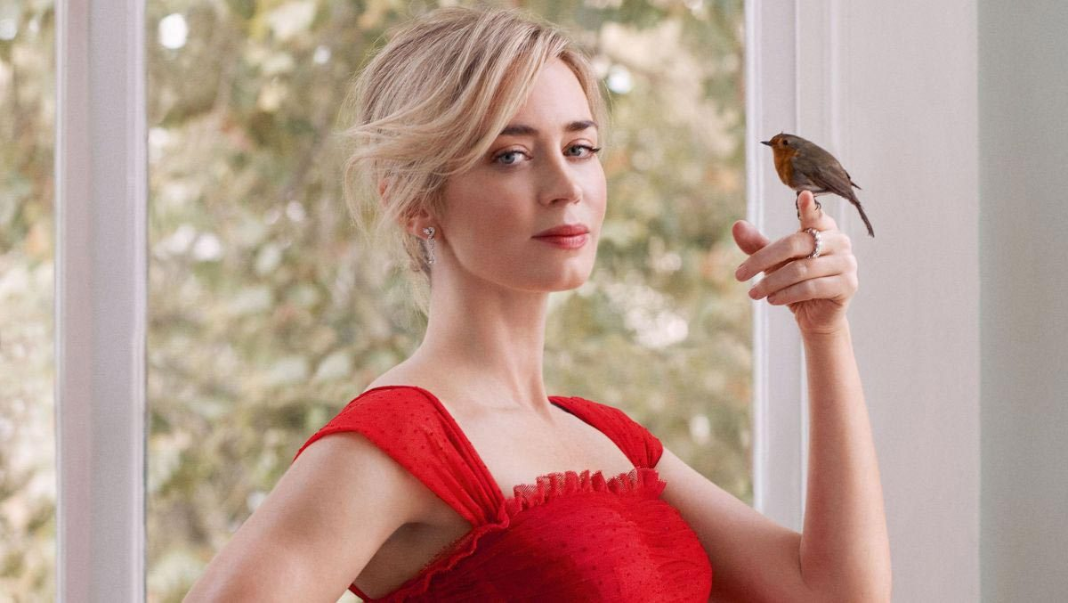 Emily Blunt in Harper's Bazaar Magazine, UK January 2019 1