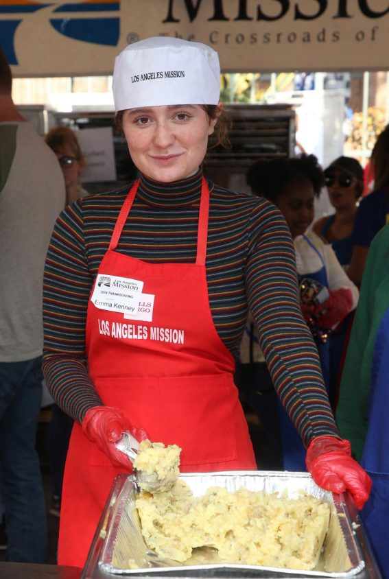 Emma Kenney at Los Angeles Mission Thanksgiving Event 2018/11/21 1