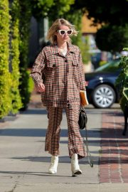 Emma Roberts Leaves Nine Zero One Salon in West Hollywood 2018/10/30 5