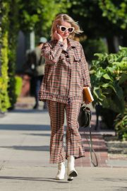 Emma Roberts Leaves Nine Zero One Salon in West Hollywood 2018/10/30 7