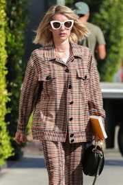 Emma Roberts Leaves Nine Zero One Salon in West Hollywood 2018/10/30 9