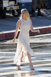 Emma Roberts on the Set of a Photoshoot in Los Angeles 2018/11/04 4