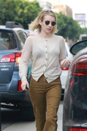 Emma Roberts Out for a Meeting in Hollywood 2018/11/19 2