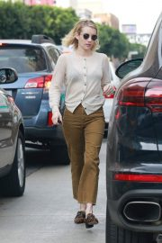Emma Roberts Out for a Meeting in Hollywood 2018/11/19 3