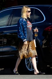 Emma Roberts Out in Los Angeles 2018/11/22 8