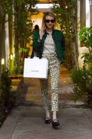 Emma Roberts Shopping on Melrose Place in Los Angeles 2018/11/26 1