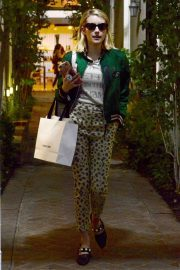 Emma Roberts Shopping on Melrose Place in Los Angeles 2018/11/26 5