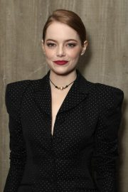 Emma Stone at Fox Searchlight Holiday Party in Los Angeles 2018/11/17 4