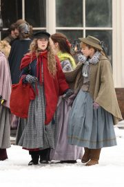 Emma Watson, Florence Pugh, Eliza Scanlen and Saoirse Ronan on the Set of Little Women in Harvard 2018/11/05 4